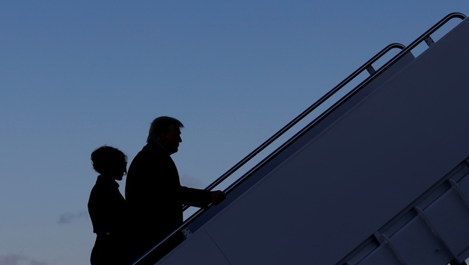 El matrimoni Trump, pujant a l'Air Force One